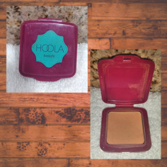 Look hoola benefit bronzer powder sample