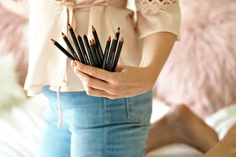 long_Devoted_To_Pink_Reviews_MAC_Lip_Pencils_1.jpg
