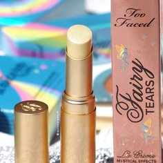 Look survivor peach review too faced la creme mystical lipstick from too faced 2